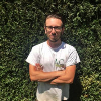 Christophe élagueur grimpeur professionnel au Paradou - Qui sommes-nous ? AC Paysage